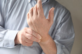 147963-wrist-pain